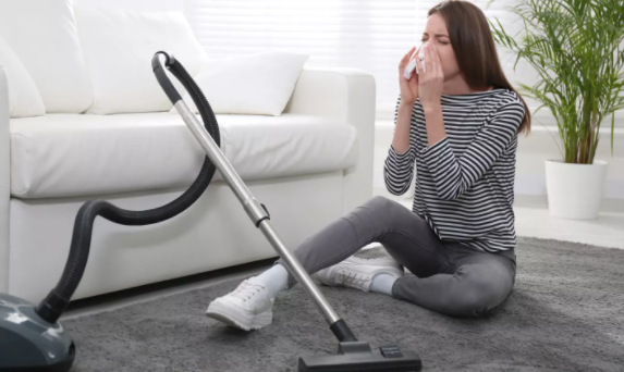 Simple Ways To Beat Summer Allergies Around Your Home